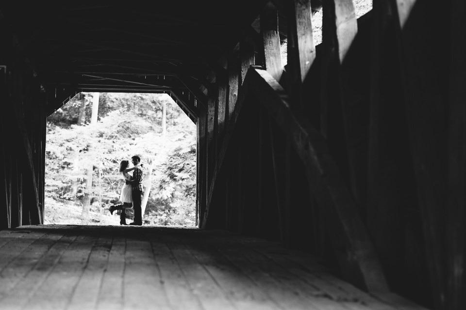 Little Buffalo Engagement Photographers