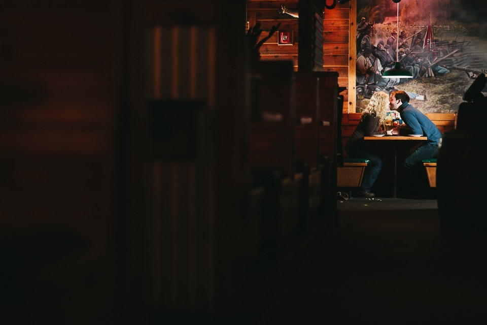 texas roadhouse engagement photography